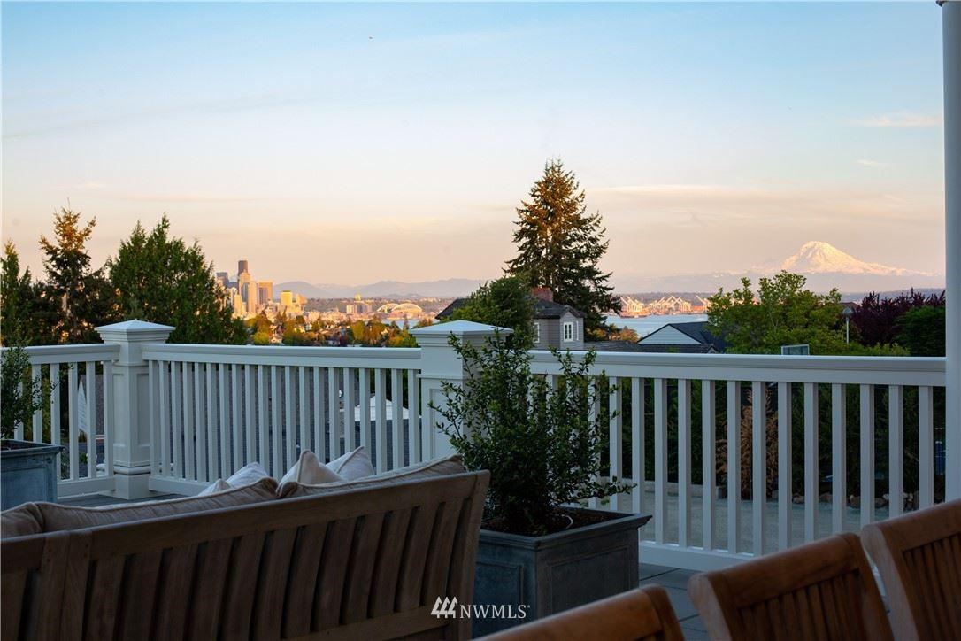 Photo of 2614 39th Avenue W, Seattle, WA 98199 (MLS # 1775348)
