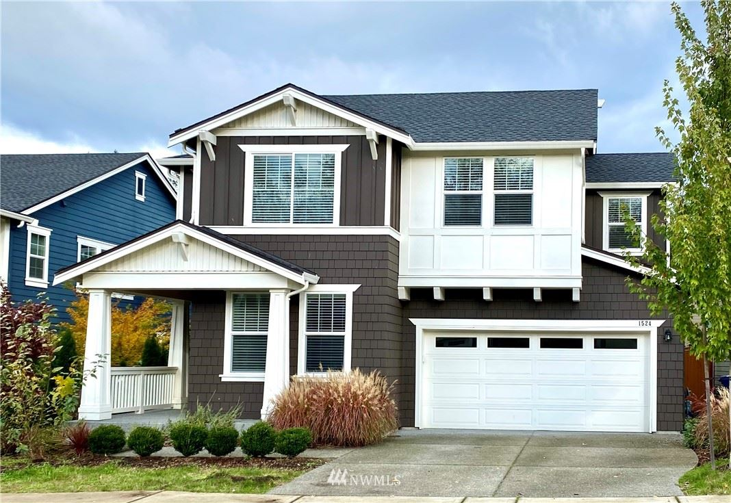 Photo of 1524 246th Avenue NE, Sammamish, WA 98074 (MLS # 1682349)