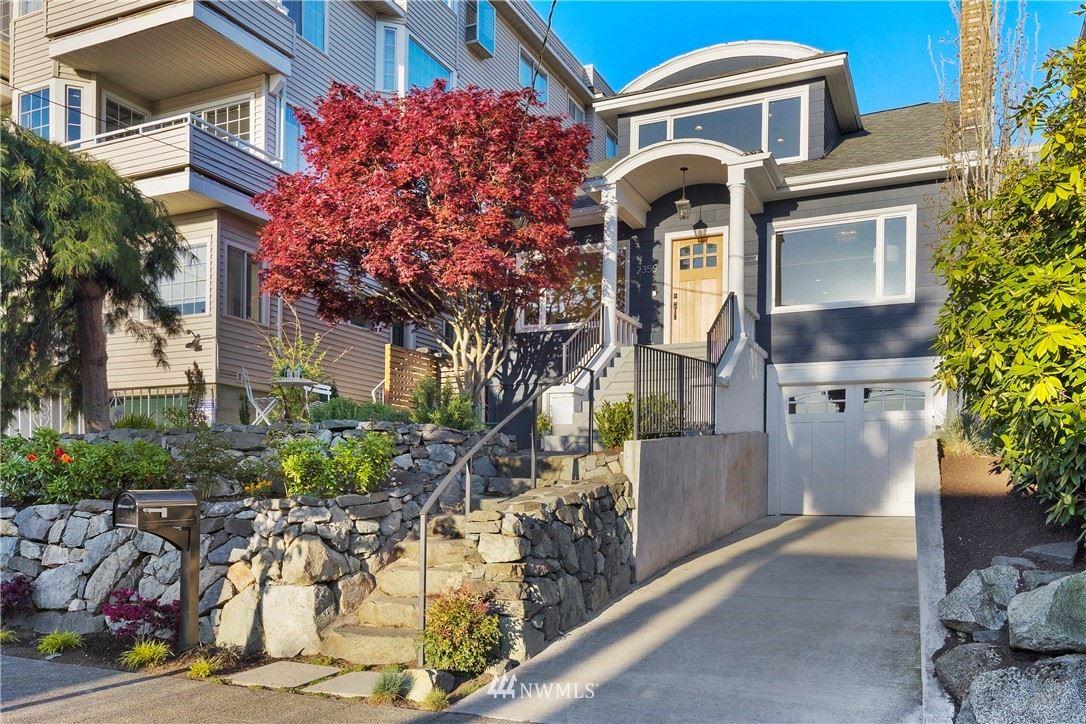 Photo of 2350 Yale Avenue E, Seattle, WA 98102 (MLS # 1762349)