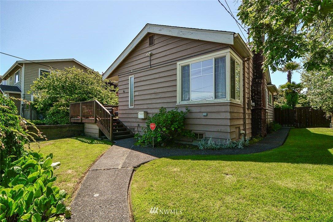 Photo of 3711 SW LANDER, Seattle, WA 98126 (MLS # 1792349)