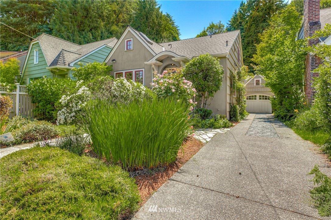 Photo of 1945 Boyer Avenue E, Seattle, WA 98112 (MLS # 1789350)