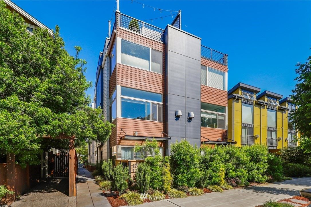 Photo of 1714 California Avenue SW #A, Seattle, WA 98116 (MLS # 1791350)