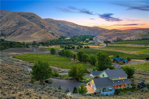 Photo of 221 Canyon Vista Wy, Ellensburg, WA 98926 (MLS # 1622351)