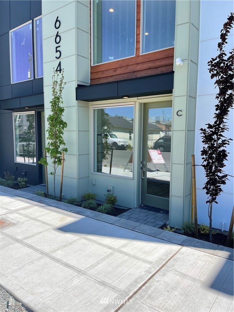 Photo of 6654 Carleton Avenue S #C, Seattle, WA 98108 (MLS # 1772351)
