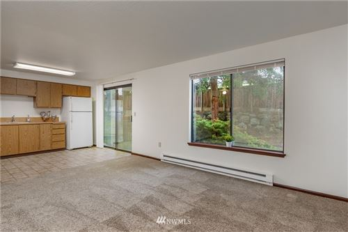 Photo of 325 NE Kettle Street #103, Oak Harbor, WA 98277 (MLS # 1733352)