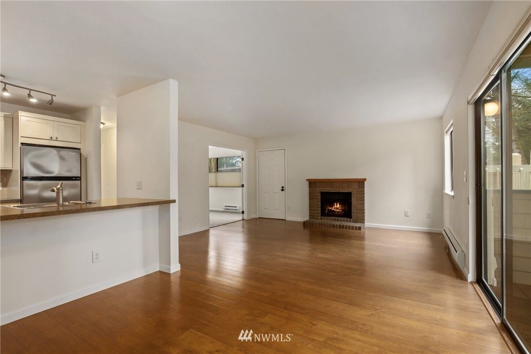 Photo of 1810 S 285th Place #A, Federal Way, WA 98003 (MLS # 1746352)