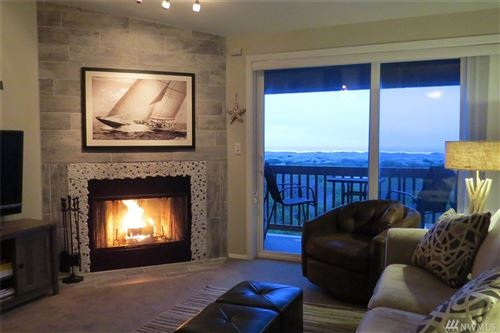 Photo of 835 Ocean Shores Blvd NW #305, Ocean Shores, WA 98569 (MLS # 1628353)