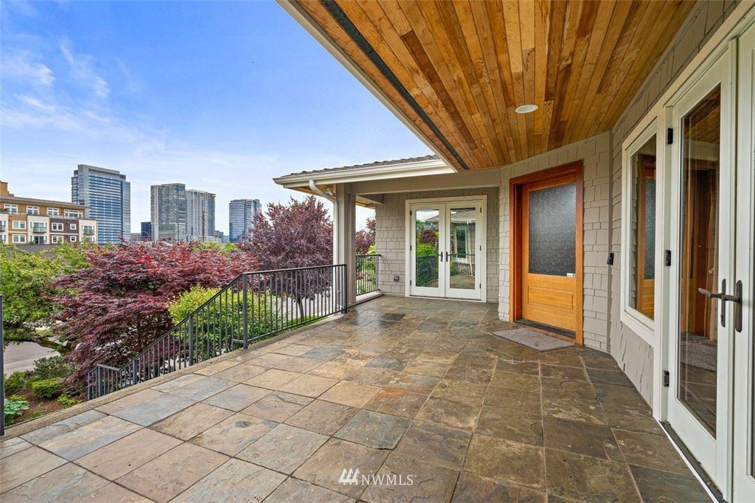 Photo of 1023 Belfair Road, Bellevue, WA 98004 (MLS # 1672353)