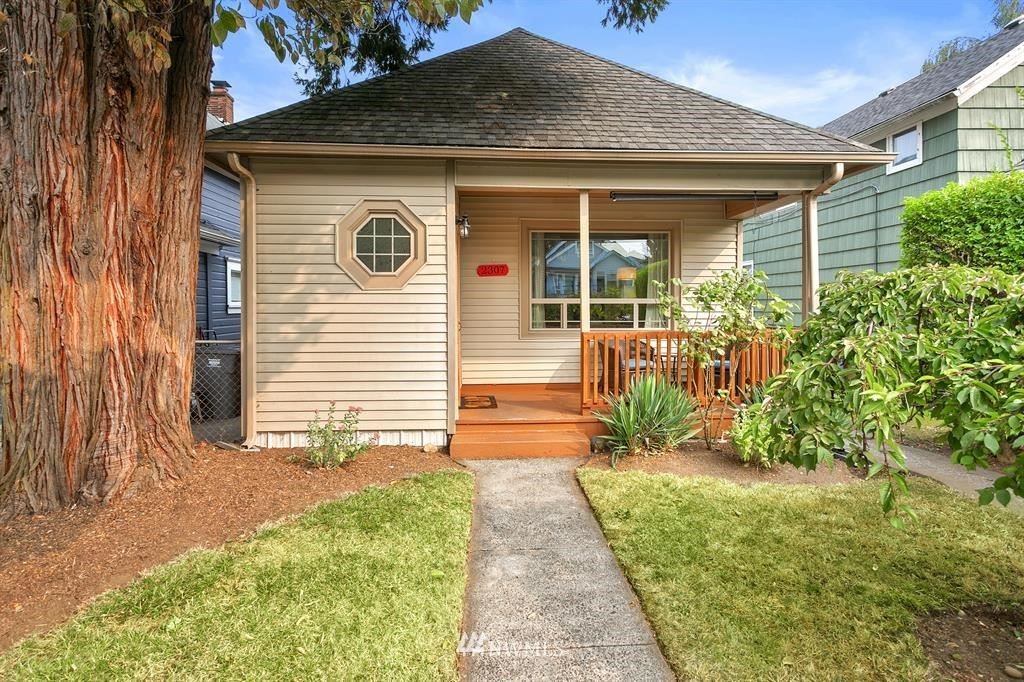 2307 Oakes Avenue, Everett, WA 98201 - MLS#: 1666355