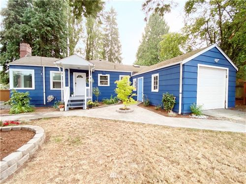 Photo of 20055 25th Avenue NE, Shoreline, WA 98155 (MLS # 1665356)