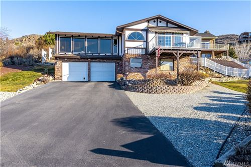 Photo of 144 Fair Way, Chelan, WA 98816 (MLS # 1568357)