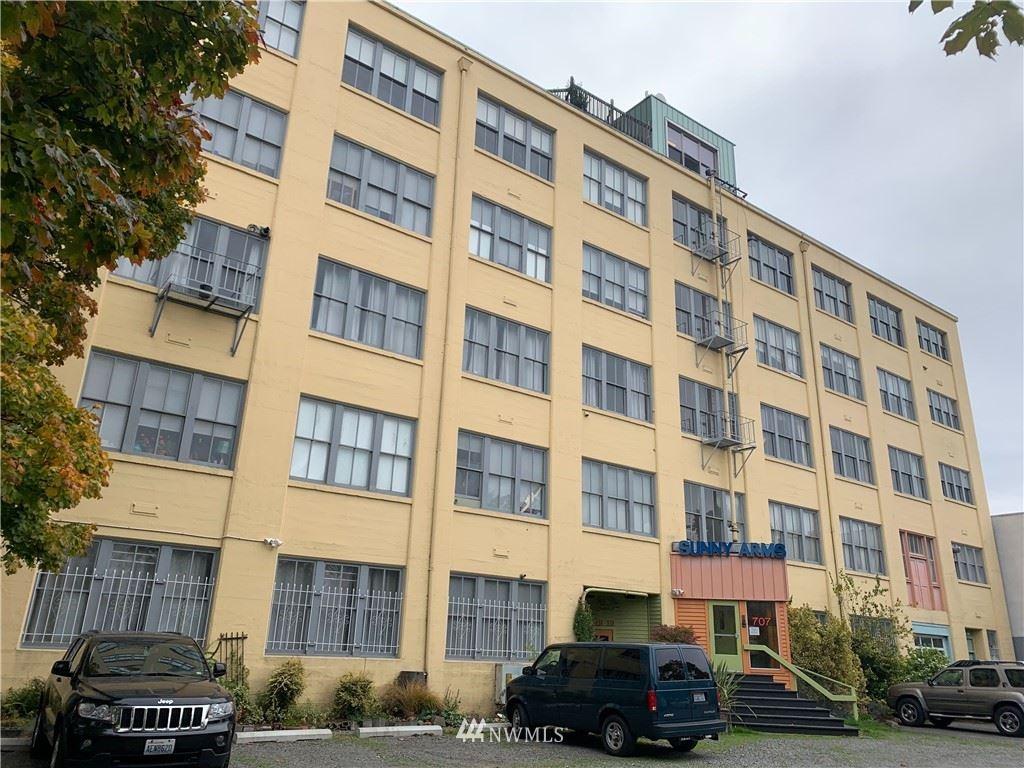 Photo of 707 S Snoqualmie Street #4-E, Seattle, WA 98108 (MLS # 1683358)