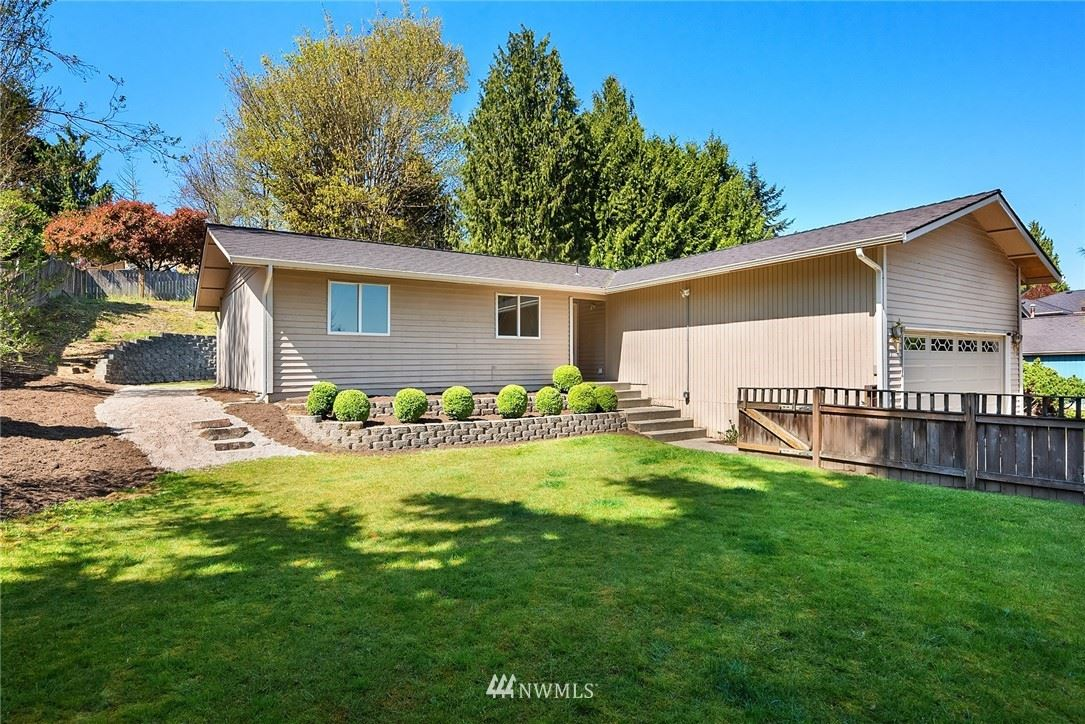 Photo of 12110 48th Drive SE, Everett, WA 98208 (MLS # 1747358)
