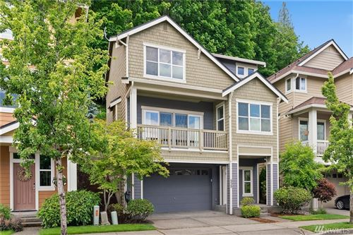 Photo of 535 Lingering Pine Dr NW, Issaquah, WA 98027 (MLS # 1613359)
