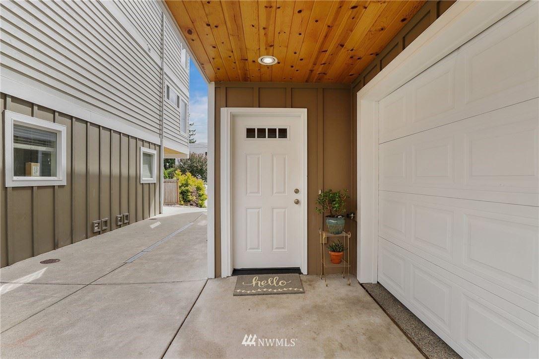 Photo of 9517 8th Avenue NW #B, Seattle, WA 98117 (MLS # 1788359)