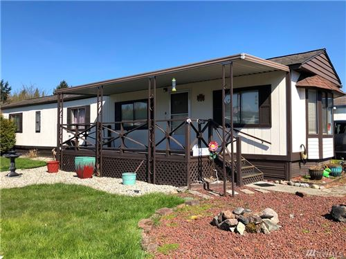 Photo of 2401 Kingfisher Lane, Kelso, WA 98626 (MLS # 1586361)