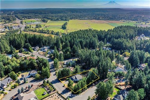 Photo of 9621 SE Valley View Drive, Olympia, WA 98513 (MLS # 1841361)