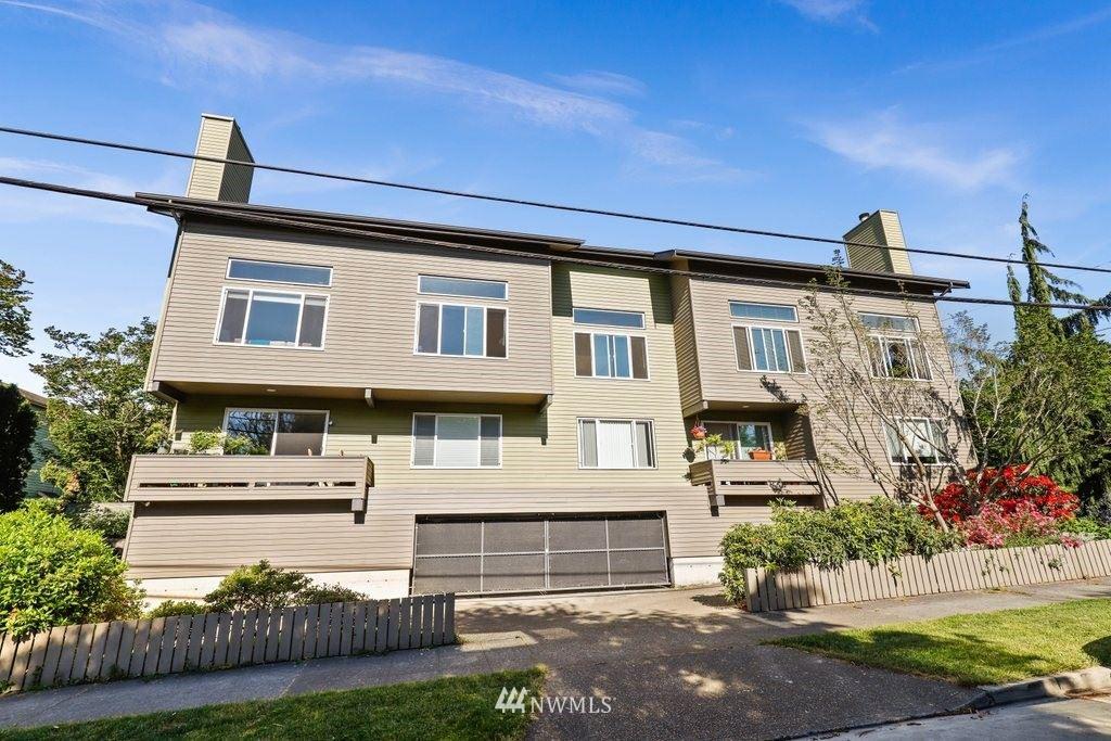 Photo of 1109 N Allen Place #205, Seattle, WA 98103 (MLS # 1785361)