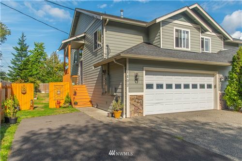 Photo of 1403 Cowgill Avenue, Bellingham, WA 98225 (MLS # 1667364)