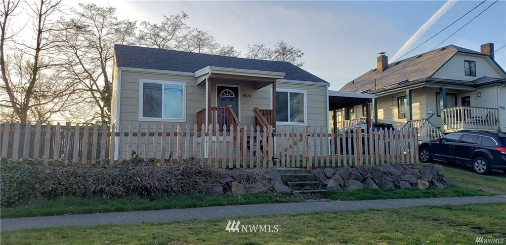 Photo of 9015 13th Ave SW, Seattle, WA 98106 (MLS # 1640364)