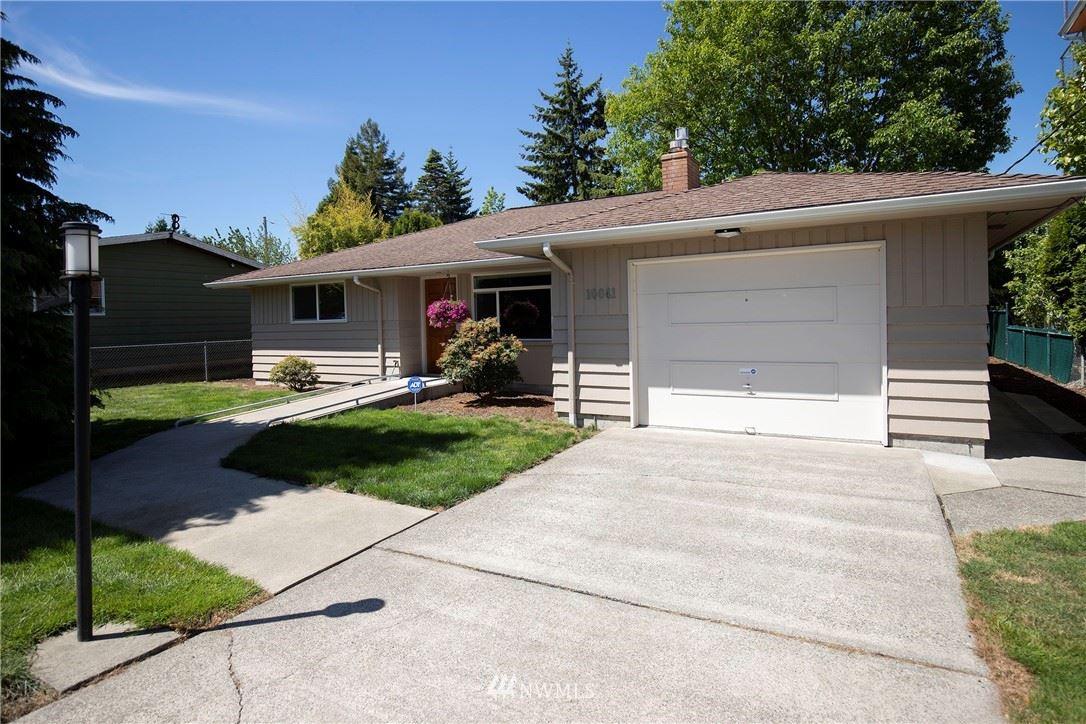 Photo of 10041 39th Avenue SW, Seattle, WA 98146 (MLS # 1786365)