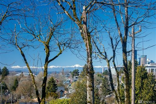 Photo of 538 29th Ave S, Seattle, WA 98144 (MLS # 1584367)