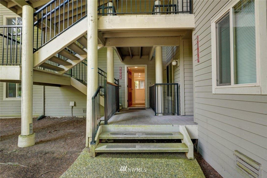 Photo of 8009 145th Avenue NE, Redmond, WA 98052 (MLS # 1791367)