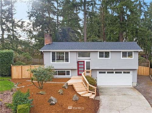 Photo of 13403 NE 70th Street, Redmond, WA 98052 (MLS # 1726370)
