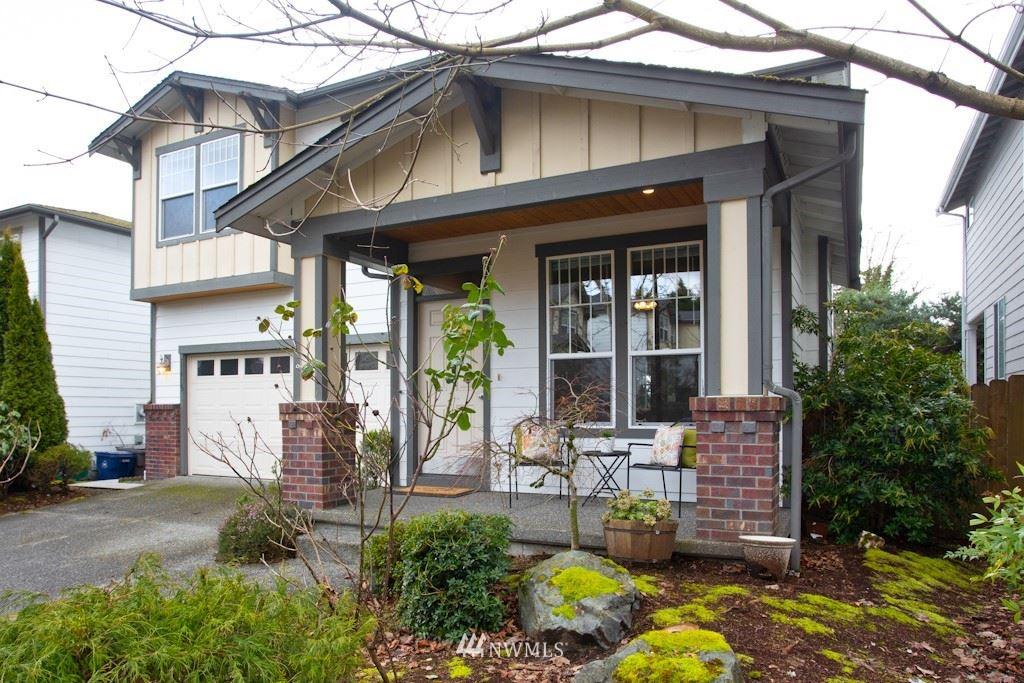 Photo of 11915 NE 132nd Place, Kirkland, WA 98034 (MLS # 1737370)