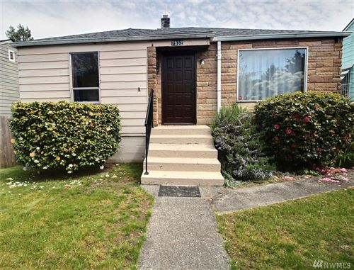 Photo of 7932 13th Ave SW, Seattle, WA 98106 (MLS # 1596372)