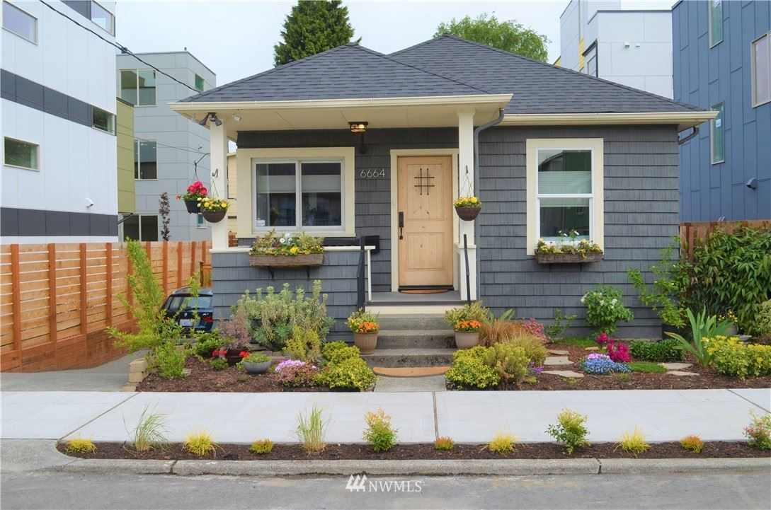 Photo of 6664 Carleton Avenue S, Seattle, WA 98108 (MLS # 1770372)