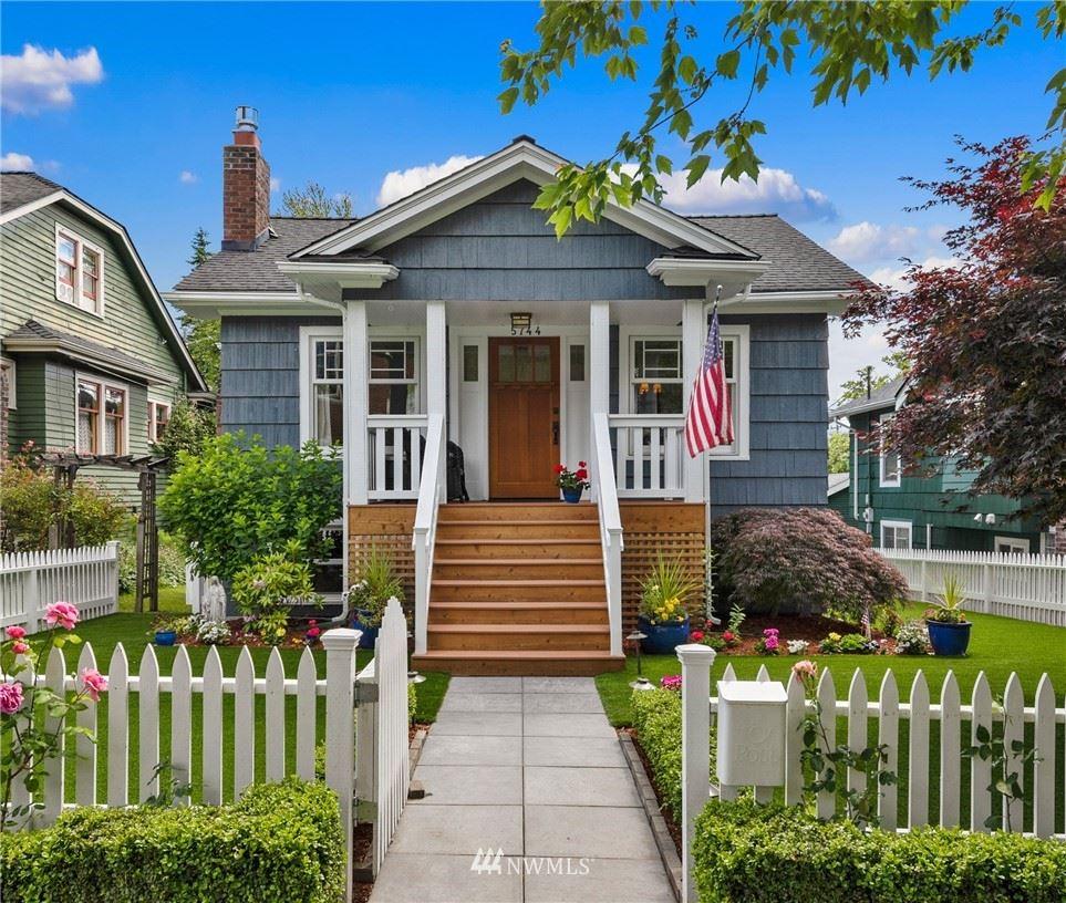 Photo of 5744 34th Avenue NE, Seattle, WA 98105 (MLS # 1777372)