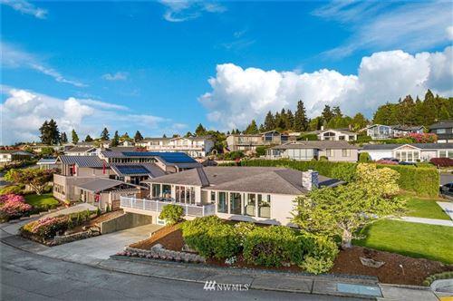 Photo of 13815 SE 45th Place, Bellevue, WA 98006 (MLS # 1765375)