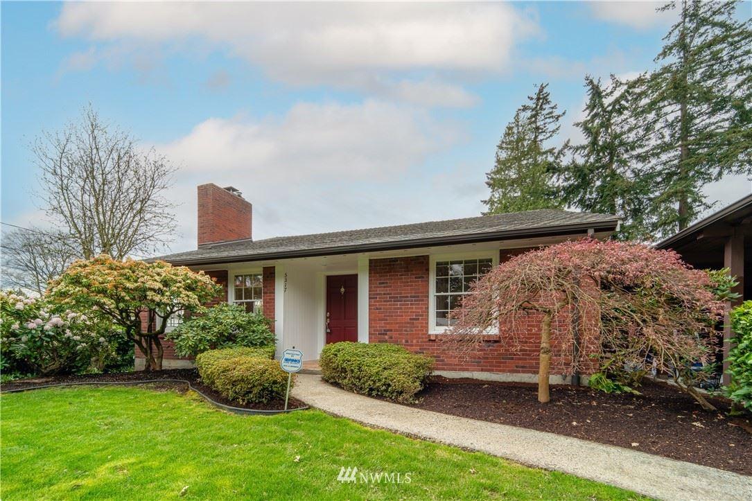 Photo of 5317 S Kenyon Street, Seattle, WA 98118 (MLS # 1755376)