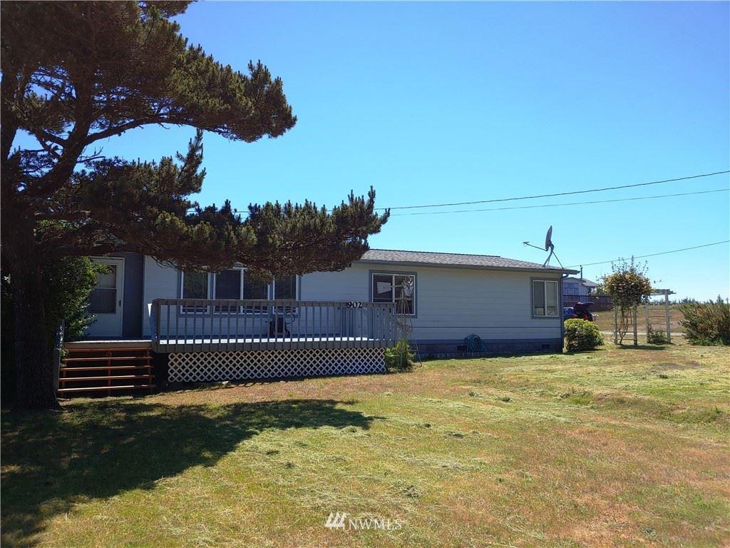 Photo of 902 274 Place, Ocean Park, WA 98640 (MLS # 1797376)