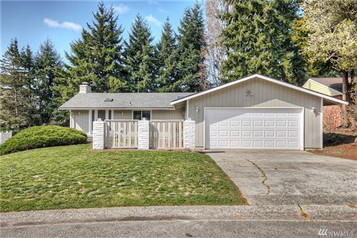 Photo of 32235 24th Ave SW, Federal Way, WA 98023 (MLS # 1581377)