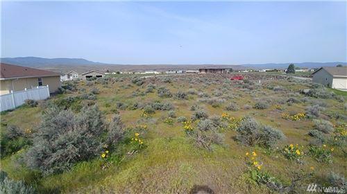 Photo of 888 Desert Aire Drive SW, Mattawa, WA 99349 (MLS # 1623377)