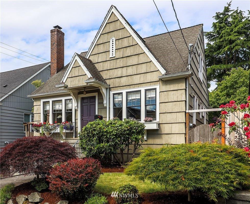 Photo of 8205 Ashworth Avenue N, Seattle, WA 98103 (MLS # 1789379)