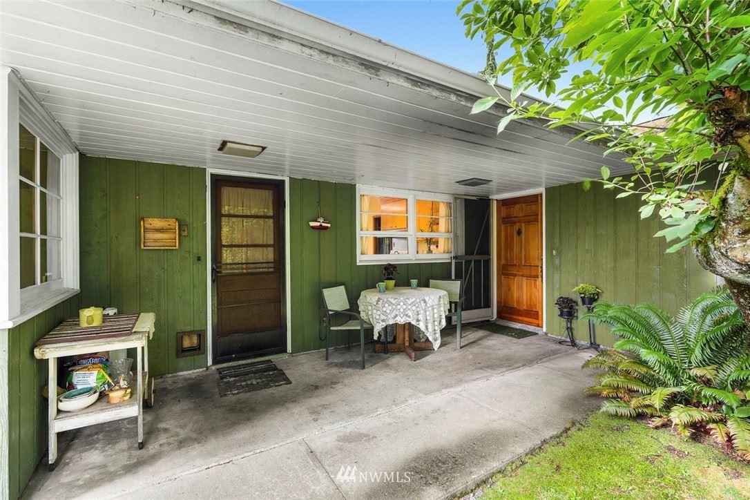Photo of 19419 86th Avenue W, Edmonds, WA 98026 (MLS # 1792379)