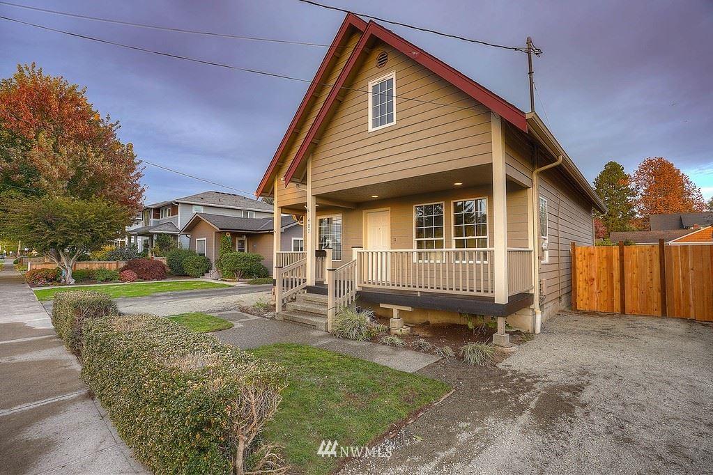 Photo of 407 4th Street NE, Puyallup, WA 98372 (MLS # 1853379)