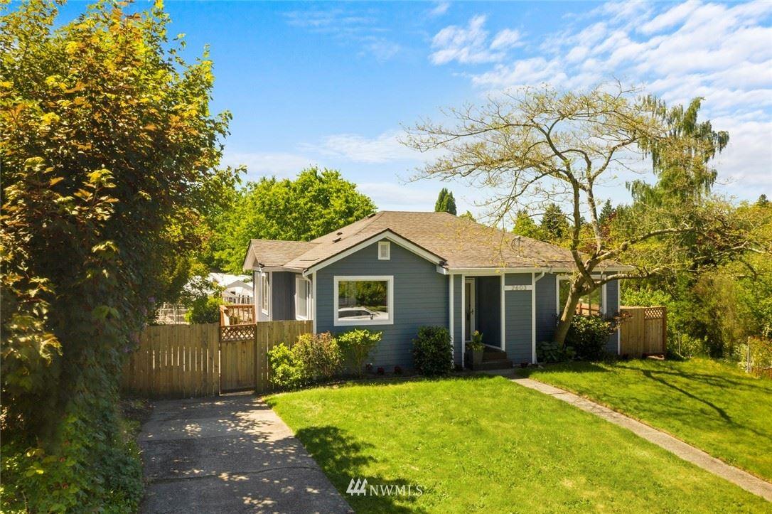 2603 NE 82nd Street, Seattle, WA 98115 - #: 1777380