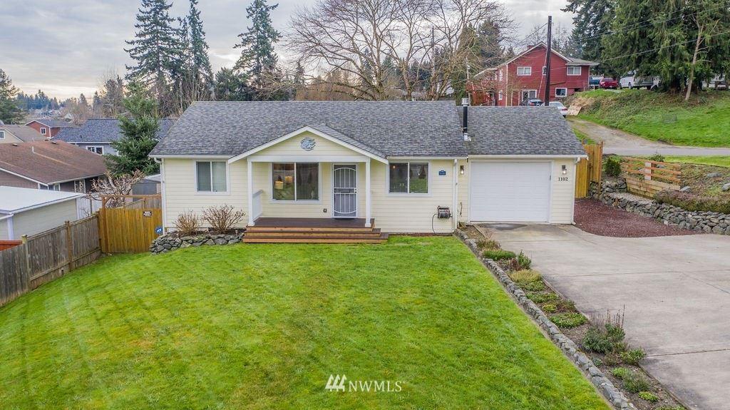 Photo of 1102 41st Street, Everett, WA 98201 (MLS # 1715381)