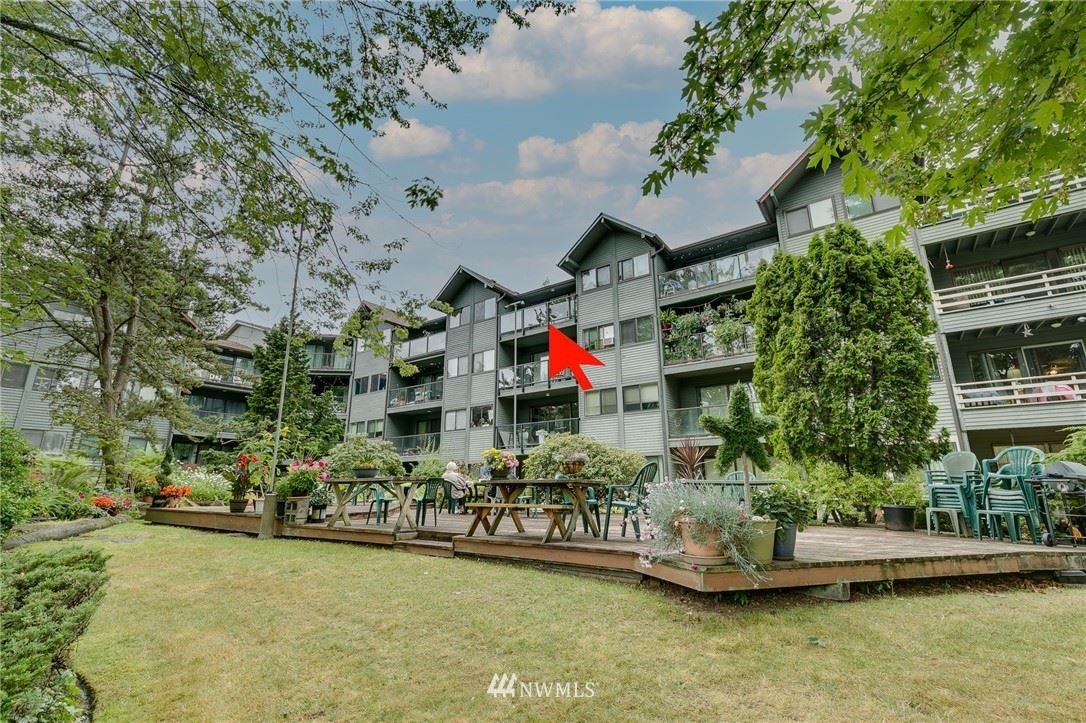 19428 Aurora Avenue N, Shoreline, WA 98133 - #: 1806381