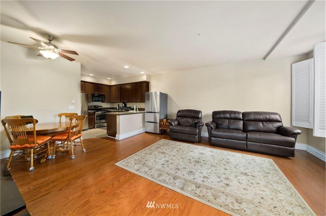 Photo of 12420 172nd Street E #AA103, Puyallup, WA 98374 (MLS # 1854381)