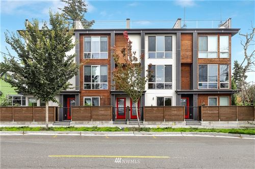Photo of 10502 Dayton Avenue N, Seattle, WA 98133 (MLS # 1683384)