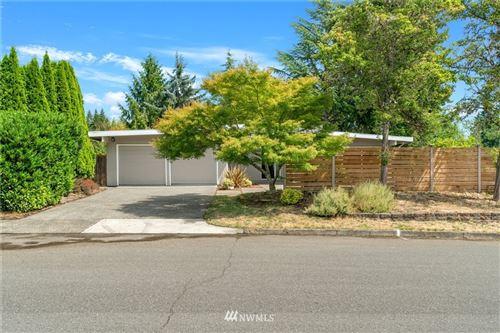 Photo of 1126 166th Avenue SE, Bellevue, WA 98008 (MLS # 1813385)