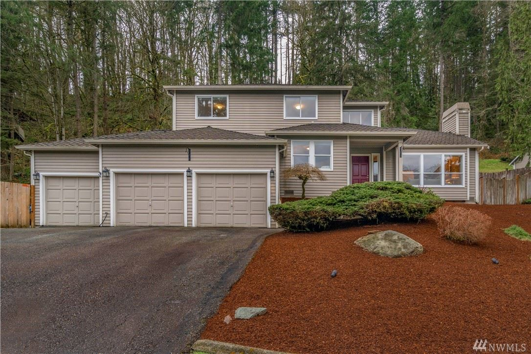 Photo of 21013 SE 138th Place, Issaquah, WA 98027 (MLS # 1573385)
