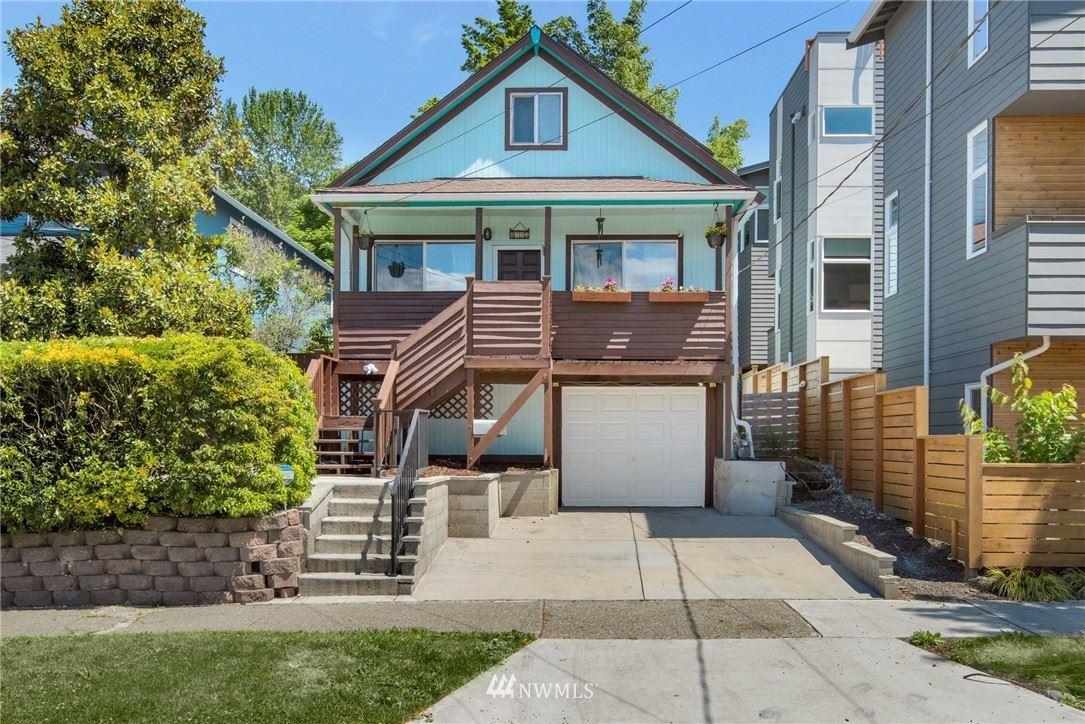 Photo of 4122 25th Avenue SW, Seattle, WA 98106 (MLS # 1789388)