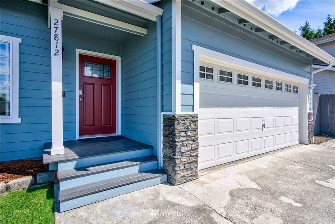 Photo of 27812 16th Place S, Des Moines, WA 98198 (MLS # 1788389)