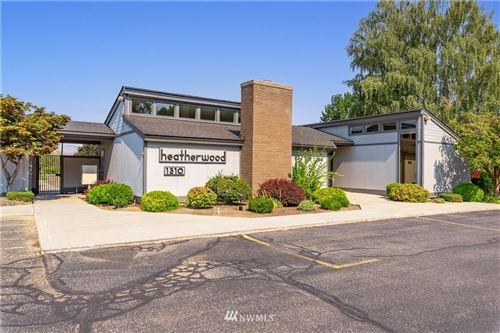 Photo of 1310 Castlerock Avenue #4, Wenatchee, WA 98801 (MLS # 1818390)